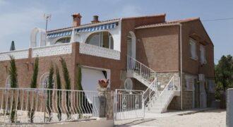 Chalet independiente con un apartamento separado en 2 km de la playa! PD-19075