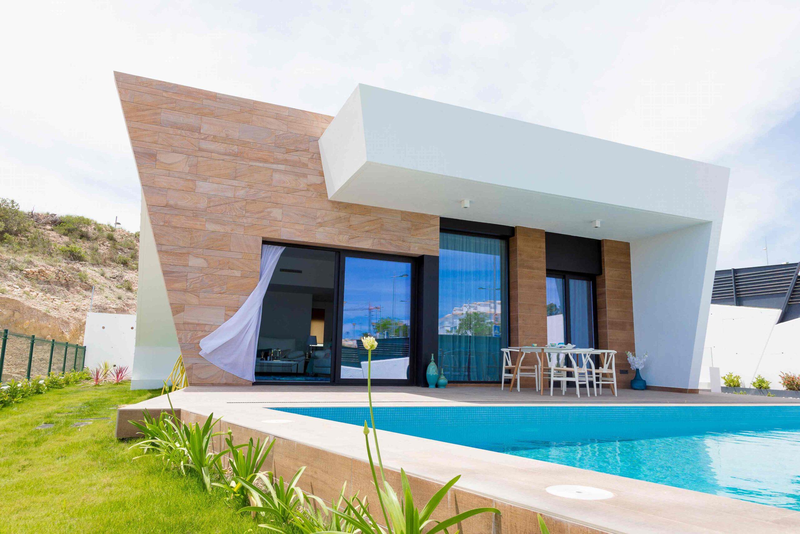 Gran villa moderna con impresionantes vistas en un complejo residencial! PD-19114