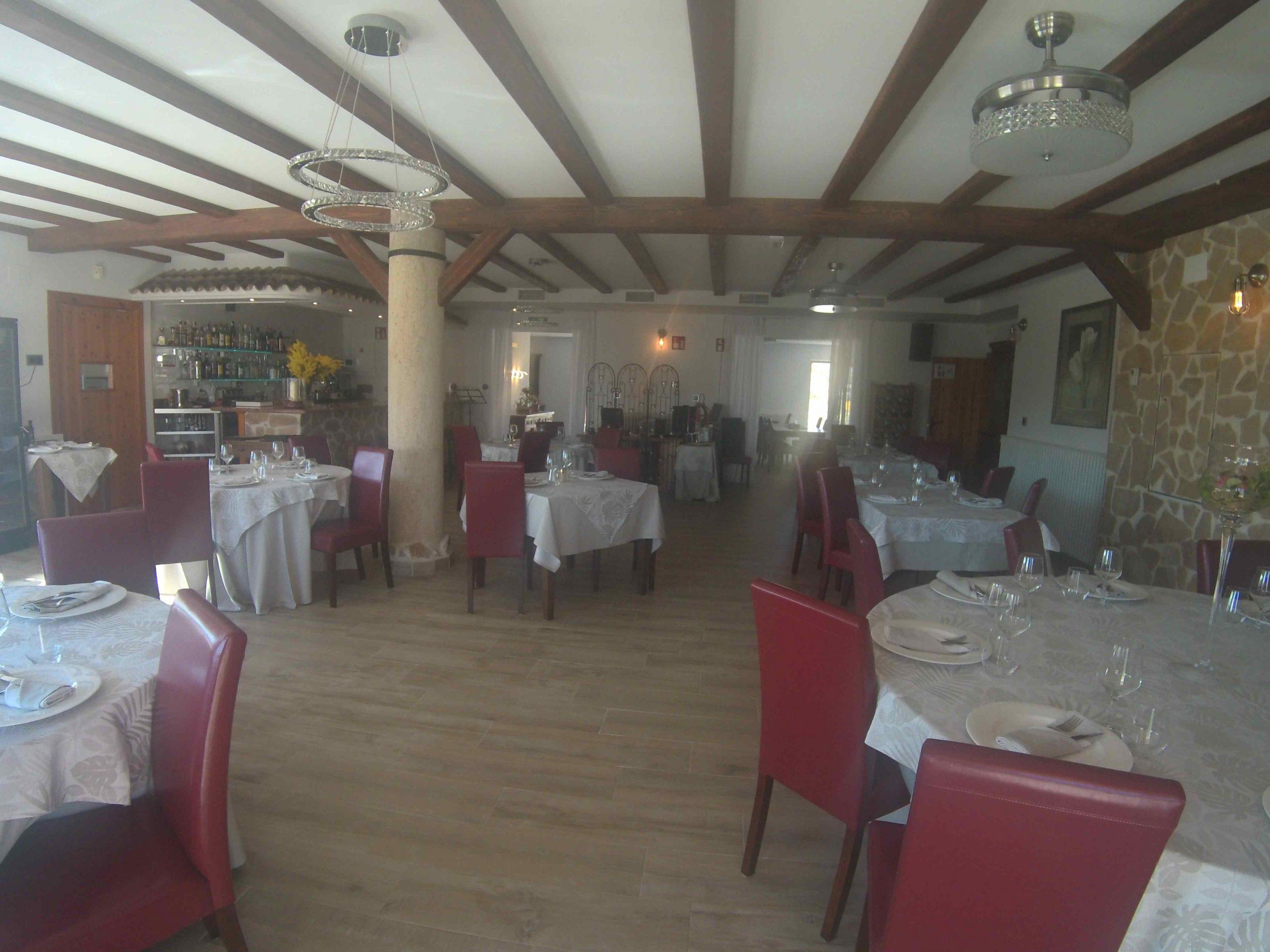 Hotel-Restaurante nuevo con entorno bucólico cerca de un pueblo. PD-20009