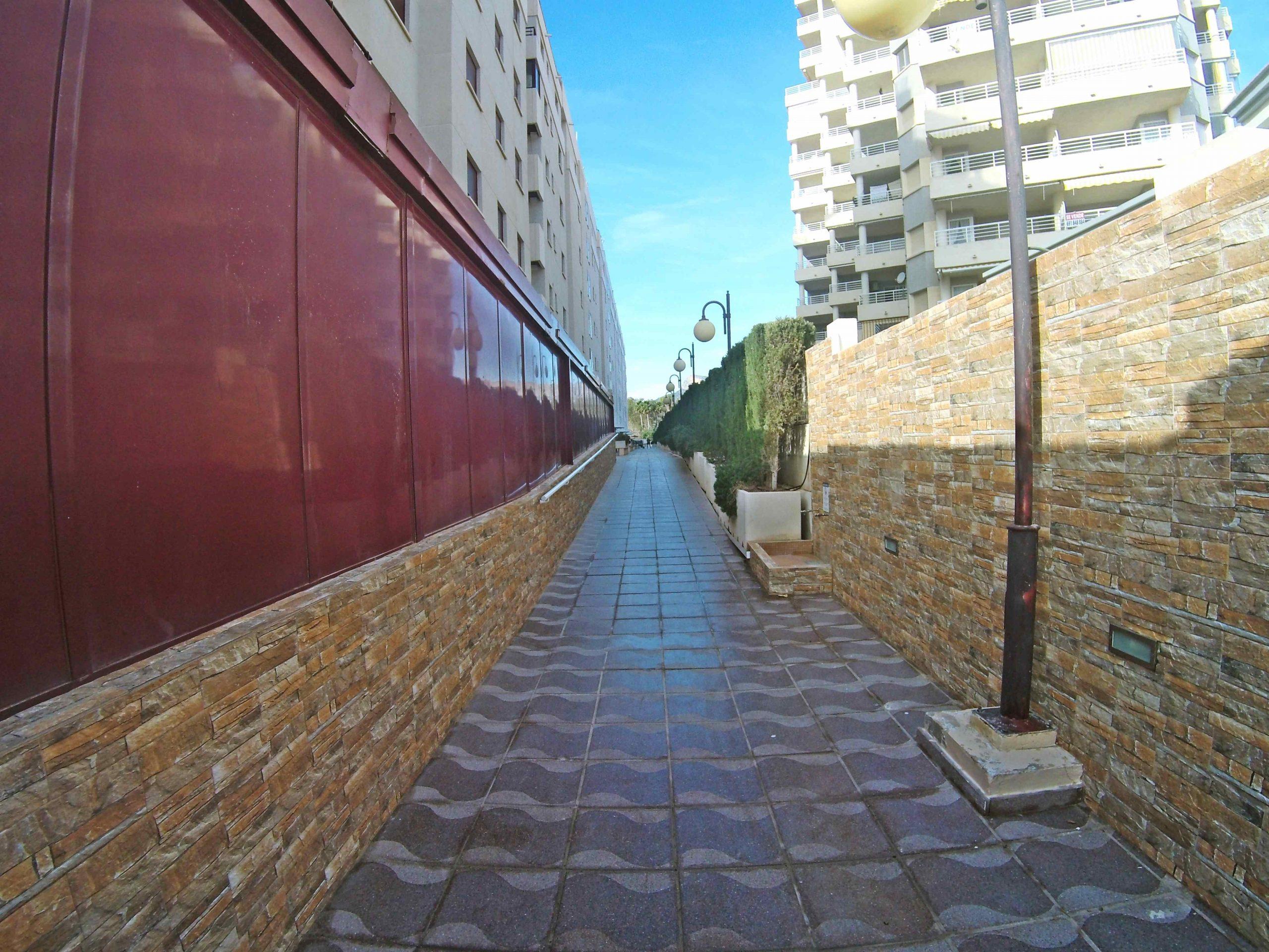 ¡Apartamento dúplex en la primera línea , con preciosas vistas abiertas al mar! PD-20005